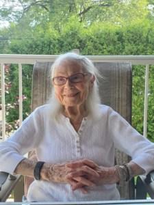Yvonne  Boire (née Bastarache)