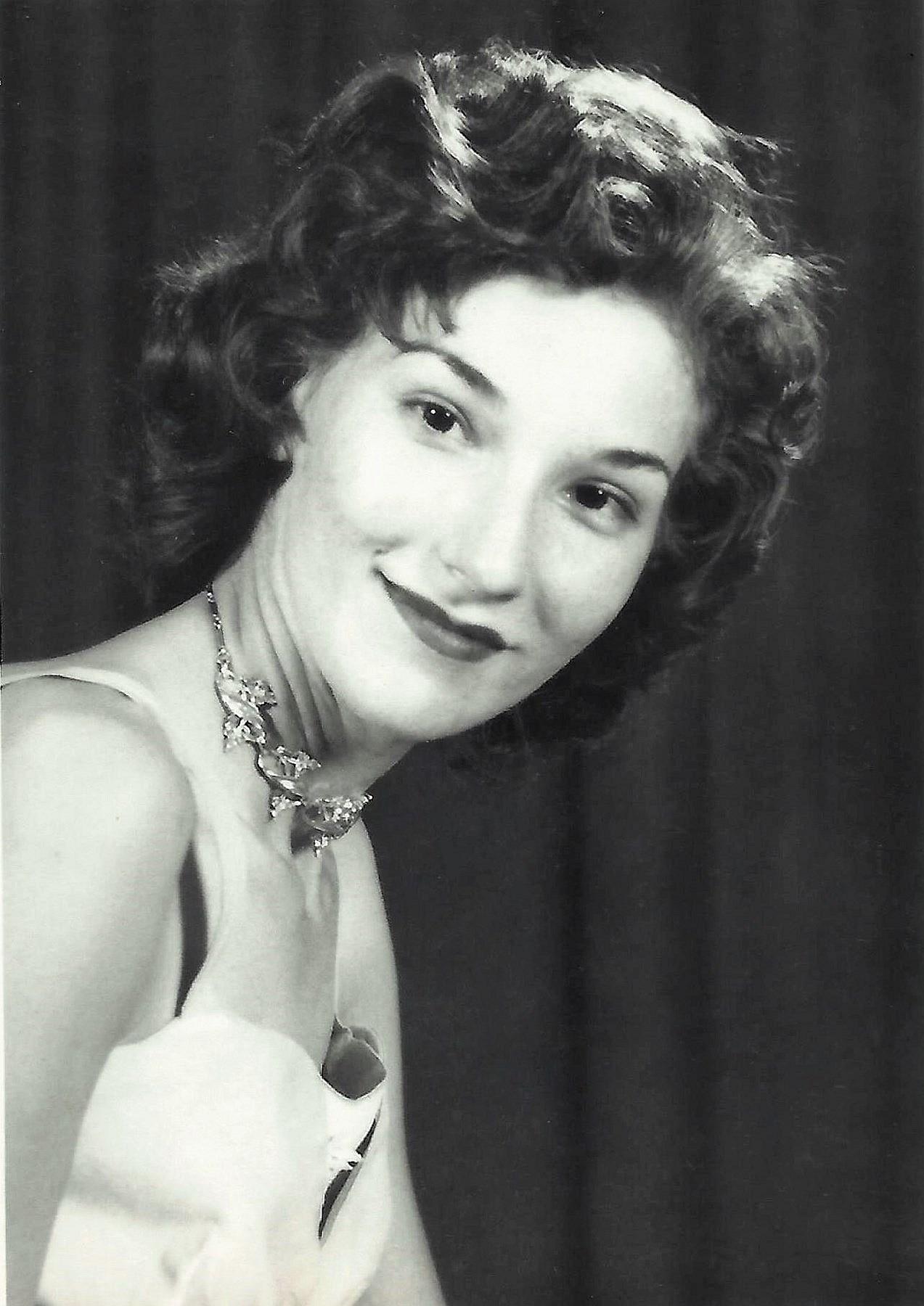Gynne Fay  Lamooney
