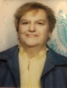 Gloria  Davneiro