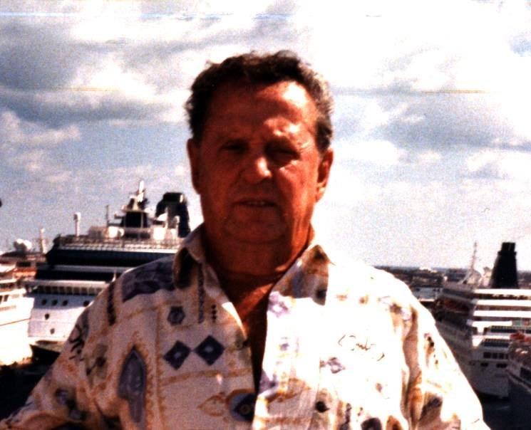Lucien  Deneault