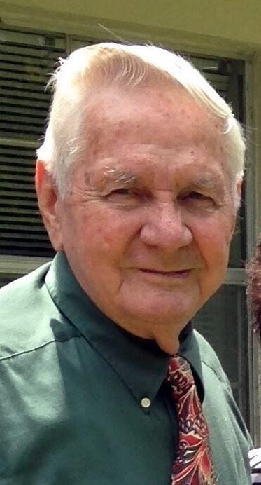 Howard Pasco  Lee