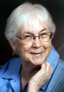 Carolyn Guinn  Hext