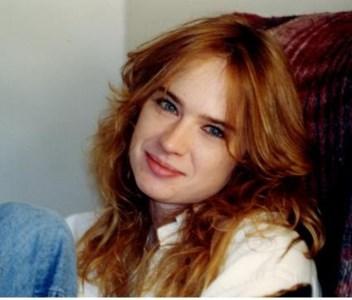 Stephanie Lynn  Nossaman