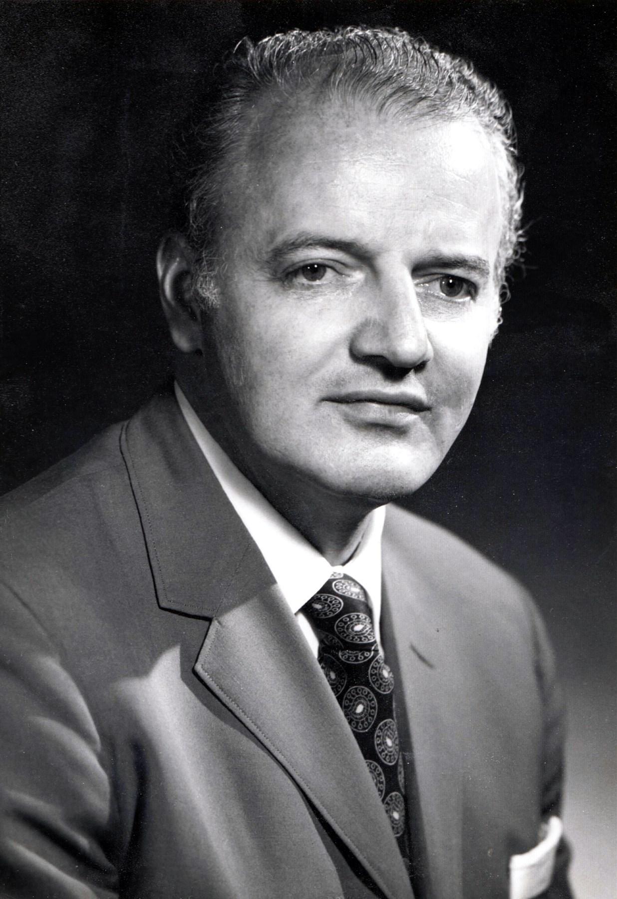 Edmund Frederick  Henk