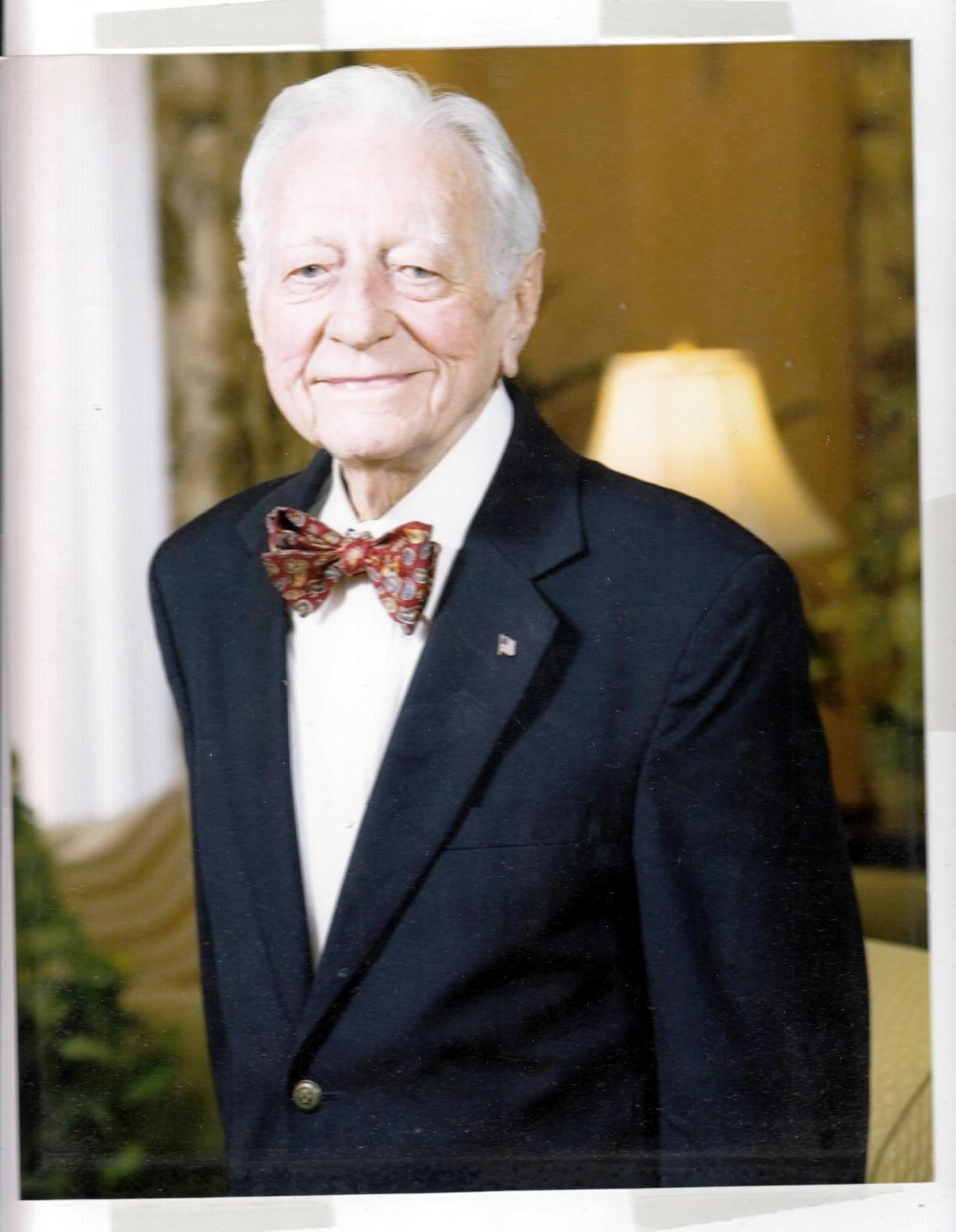 C. Hubert  Gragg