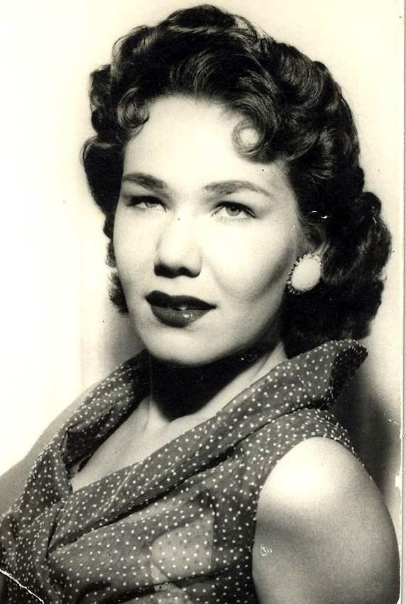 Vivian Ann  Lawrence