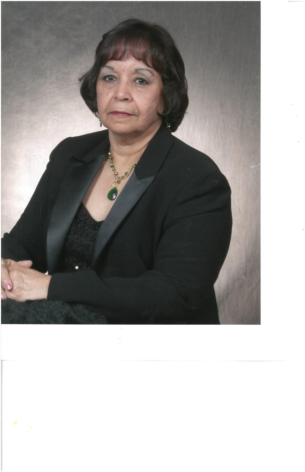 Maria Elena  Quiñonez