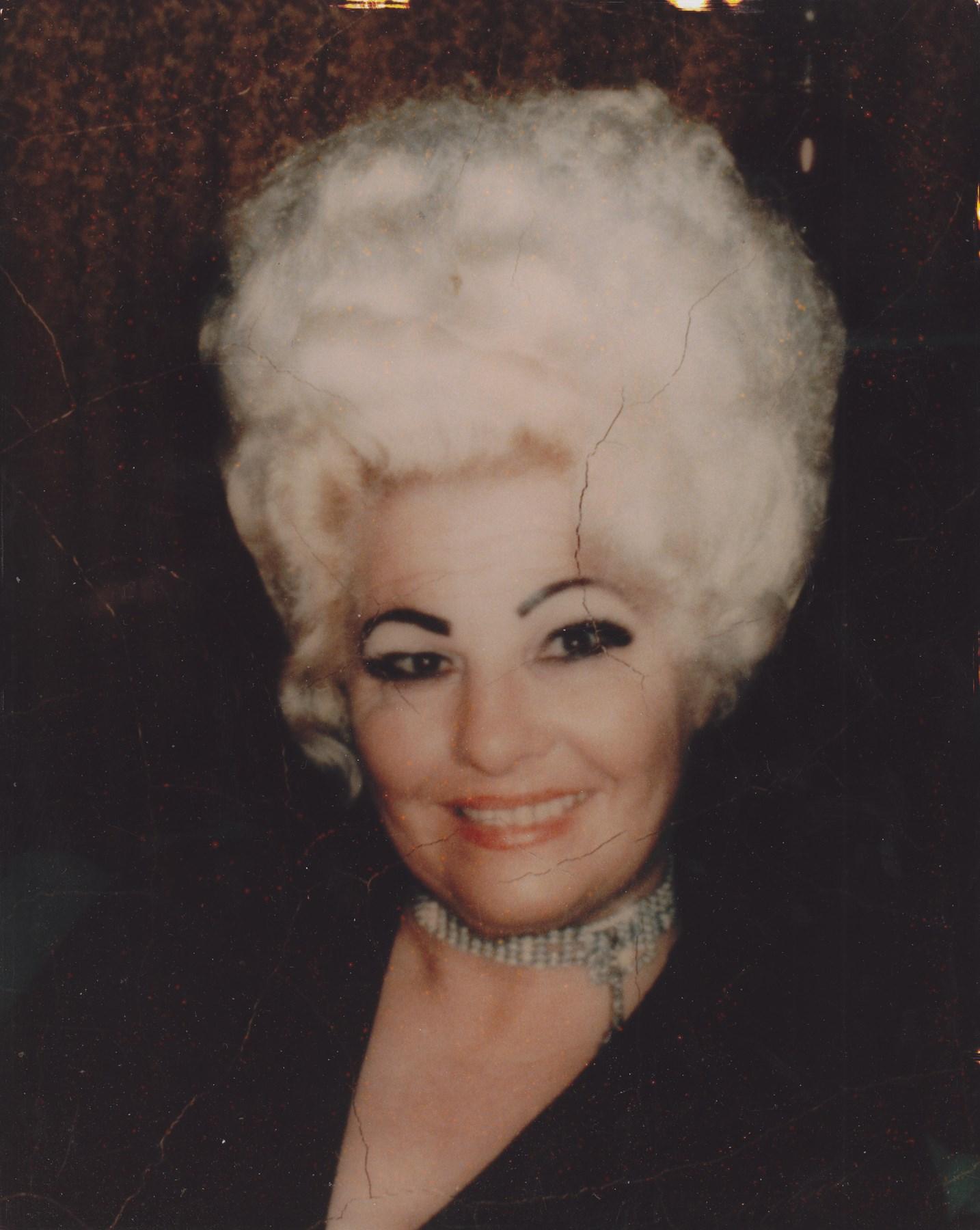 Lola Davidson Nude Photos 88