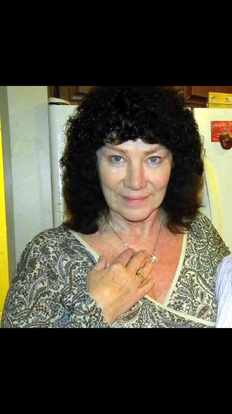 Linda L.  Worth