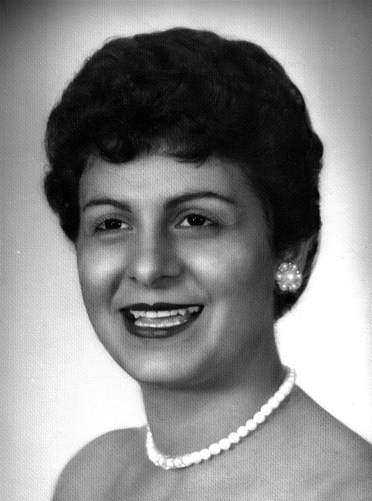 Ellen Georgia  Karavas
