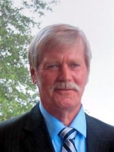 Robert William  Weil II