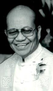 Dr. Manuel Postrero  Lastra
