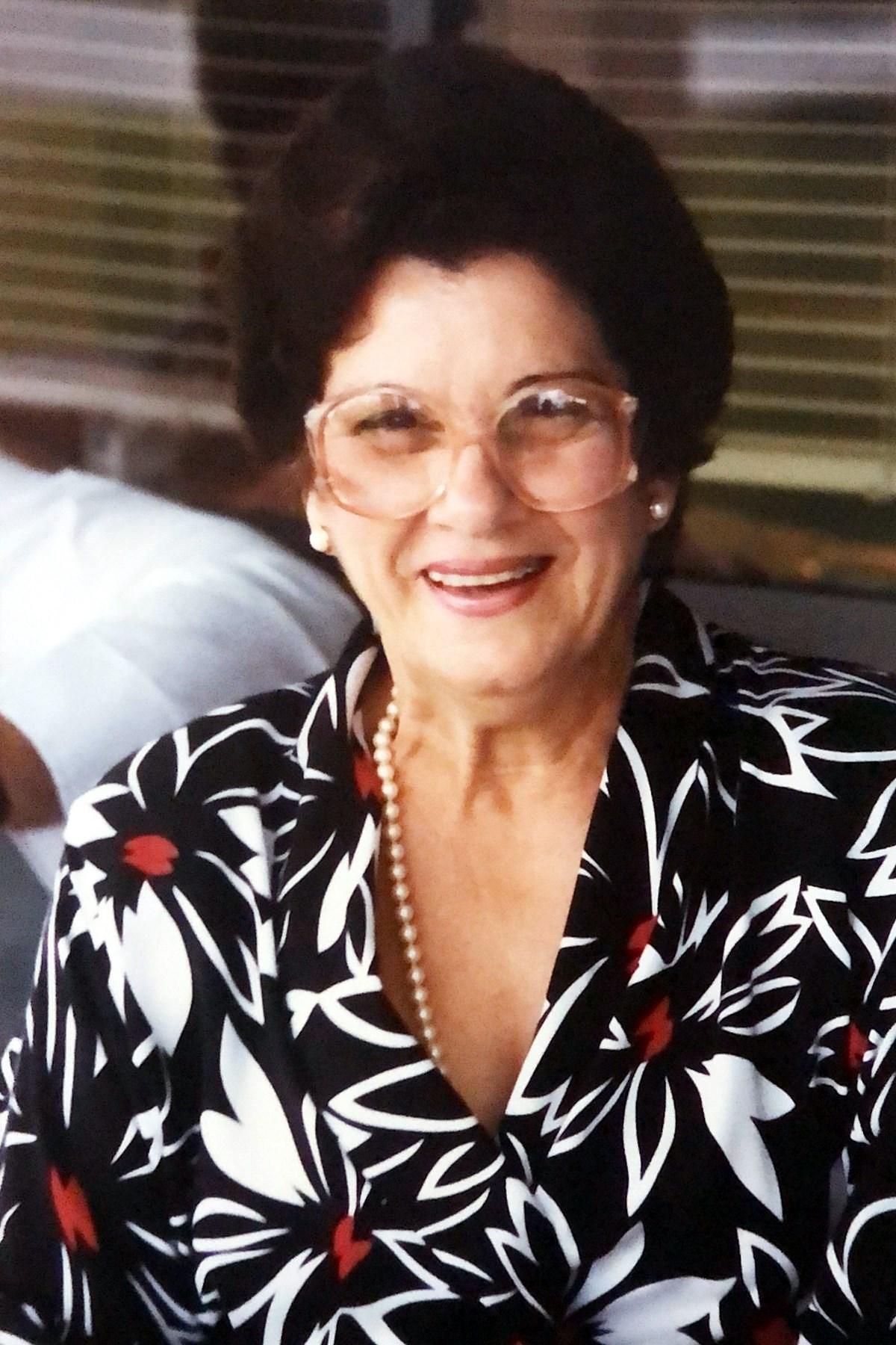 Cadia N.  Gonzalez