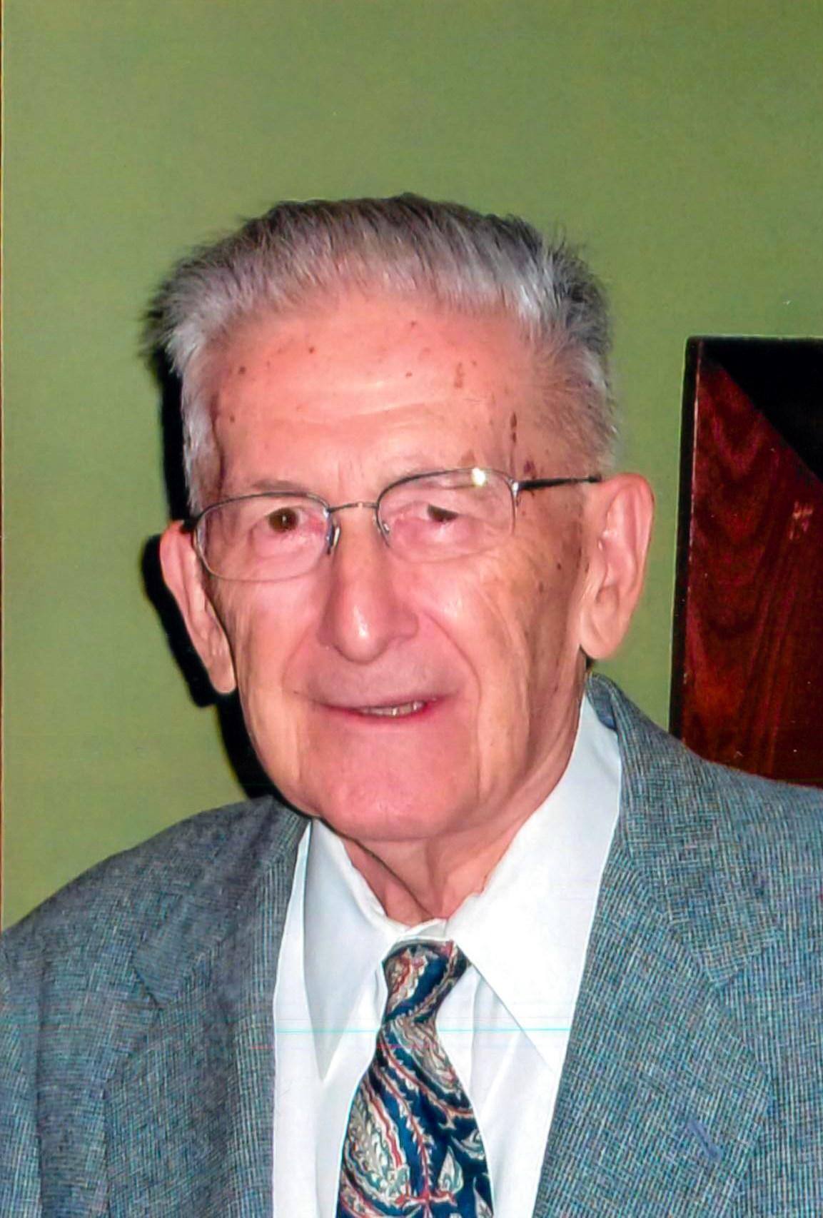 Robert T.  Kaminski