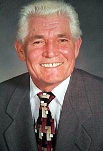 William  Estela
