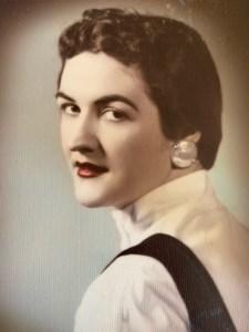 Carolyn June  Moore
