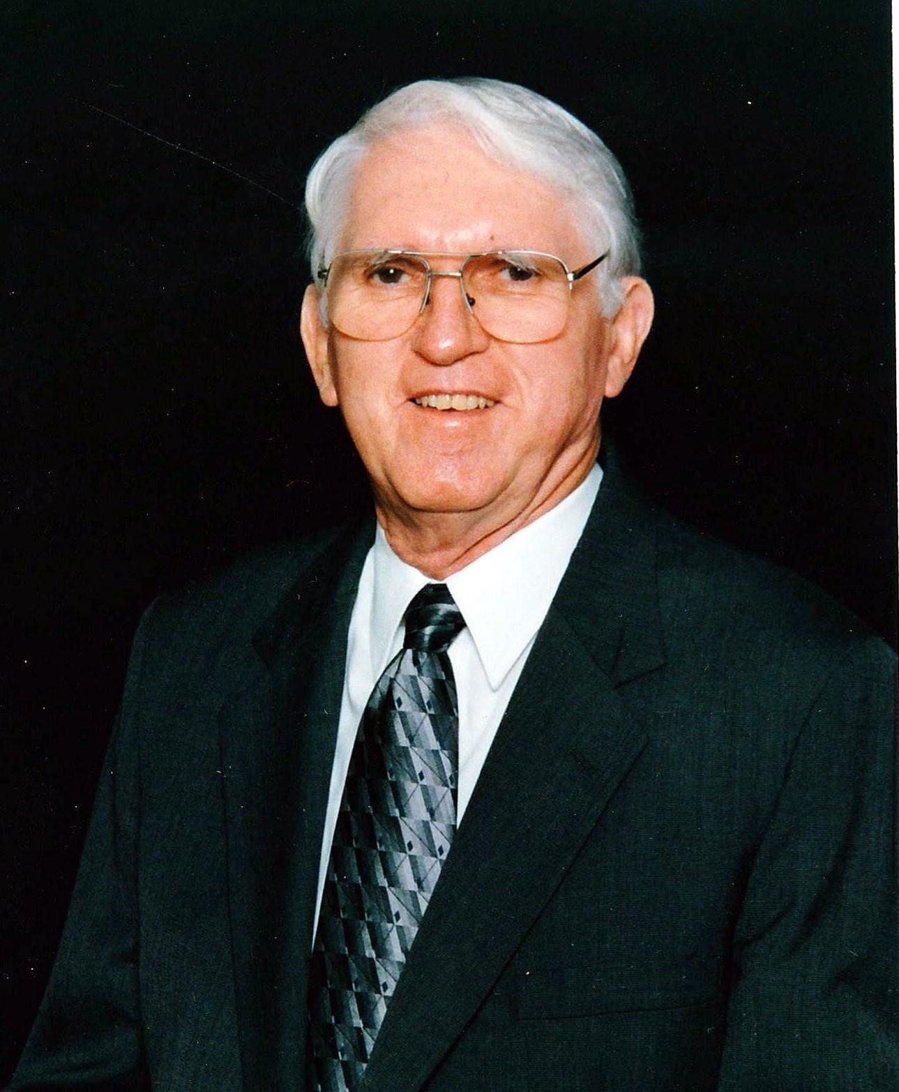 Hubert Rae  McLellan
