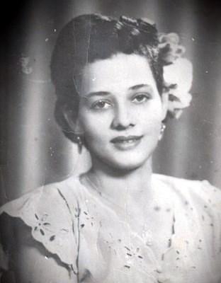 Amira Robledo