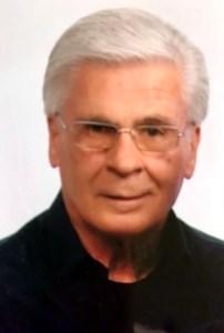 Richard John  Vasil