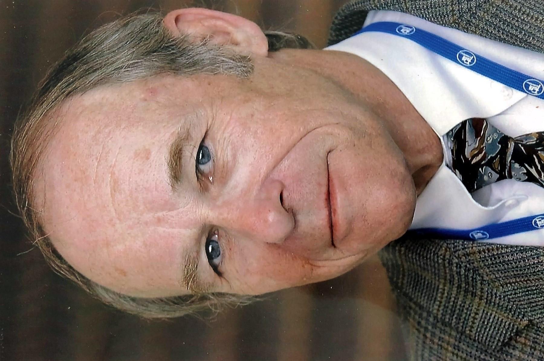 Dr. Michael L.  Steer