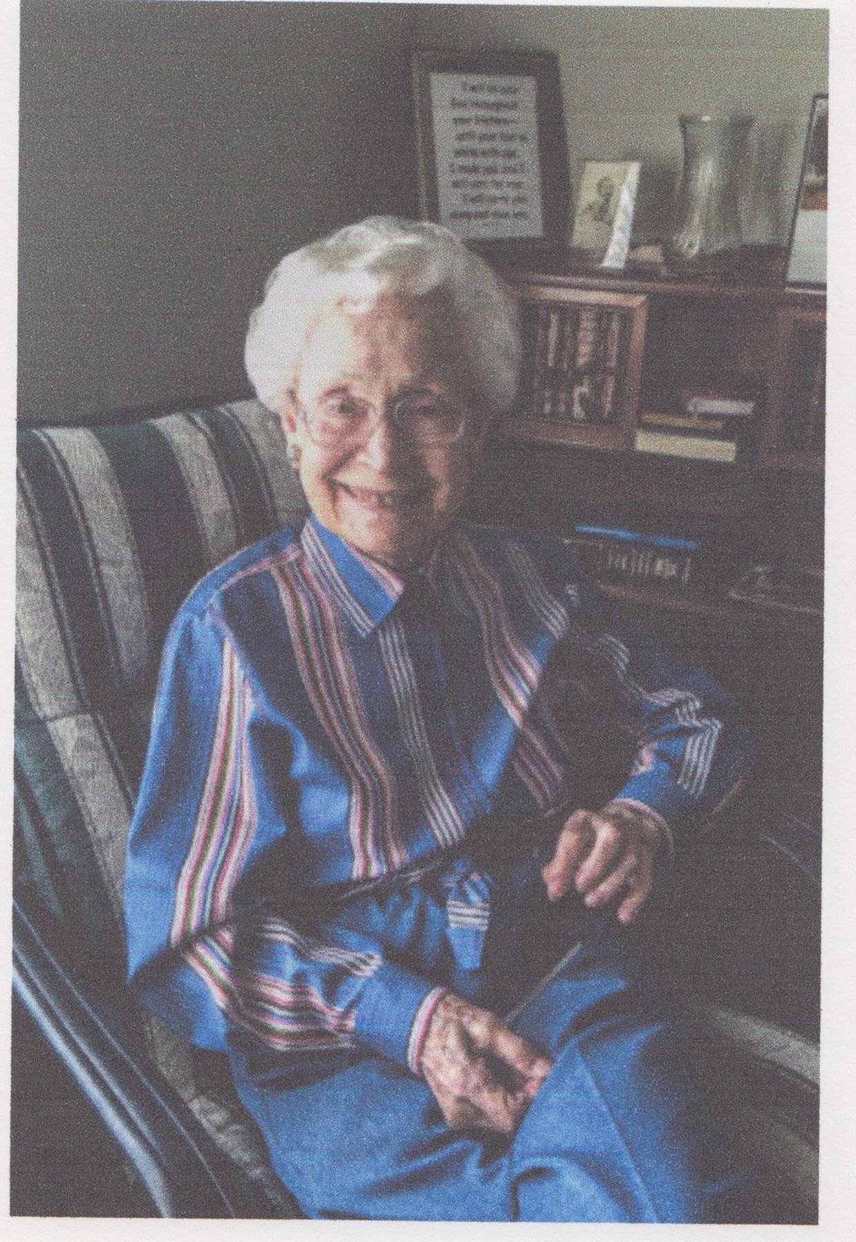 Violet Mae  Kring
