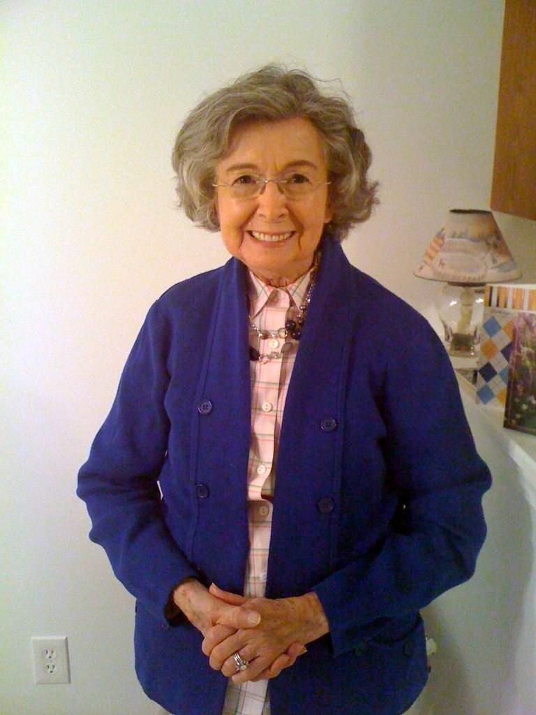 Lois O'Ella  Nicoll