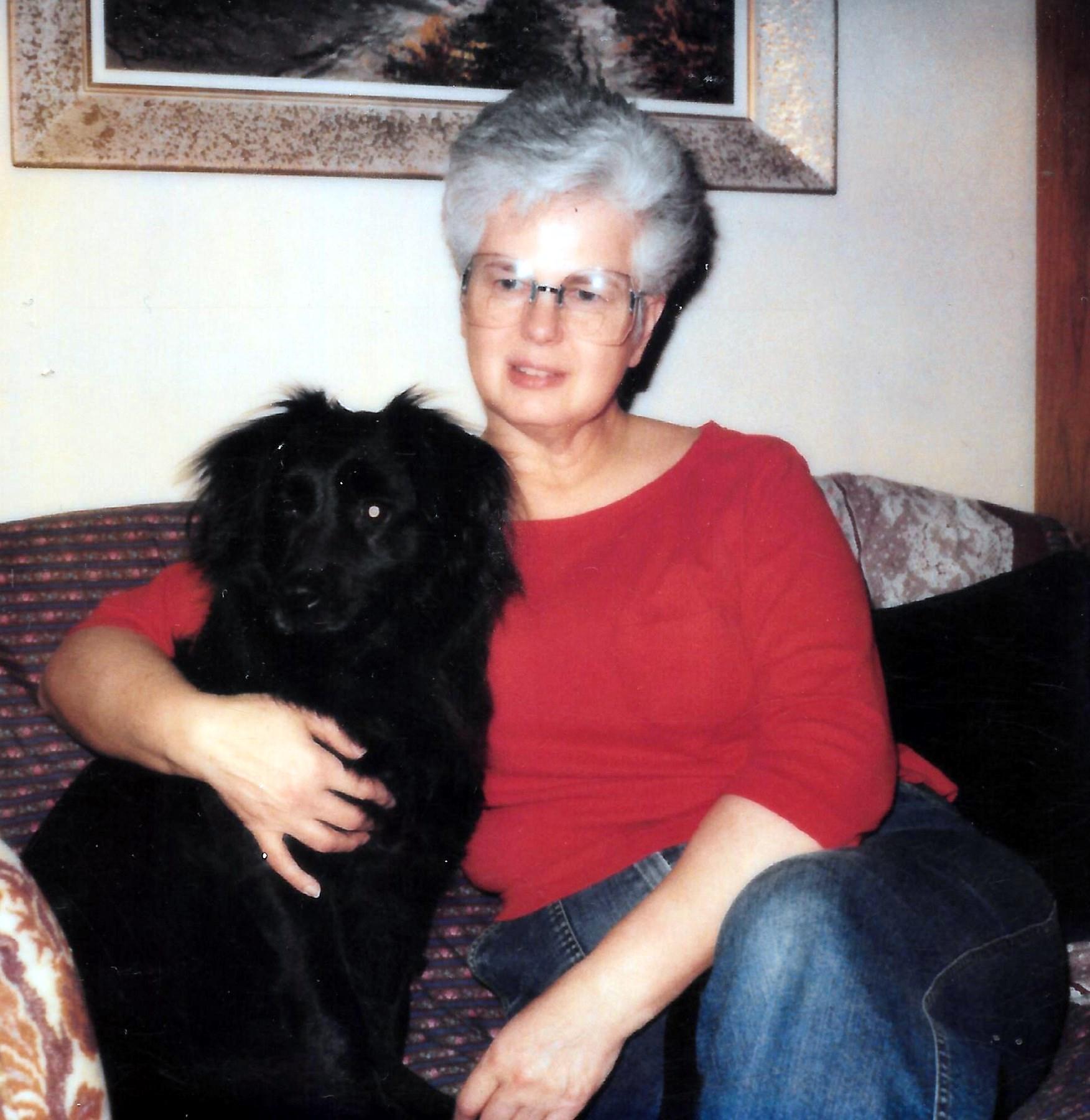 Joanne Wynne  Elia