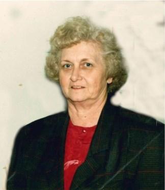Betty Jo  Loyd