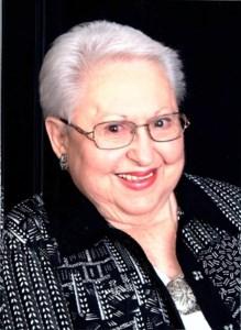 Peggy  Thom