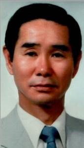 Woo Myung  Lee