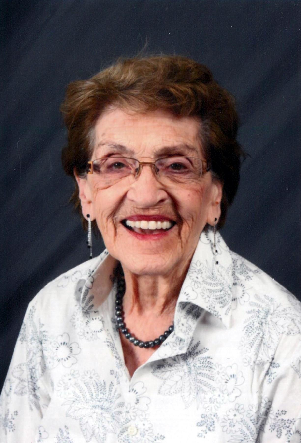 Peggy Holmes Obituary Langley Bc