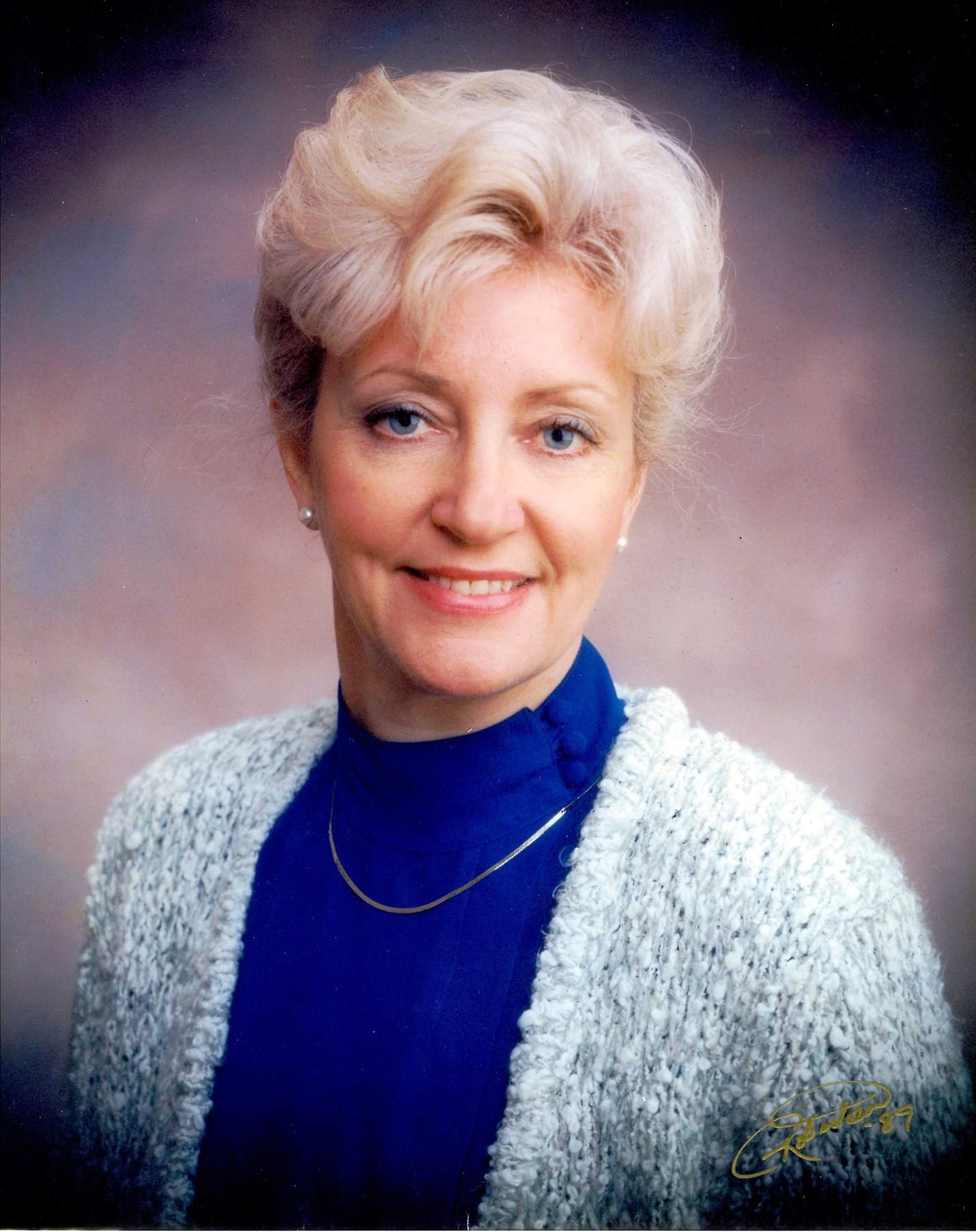 Sammie Carolyn  Russell