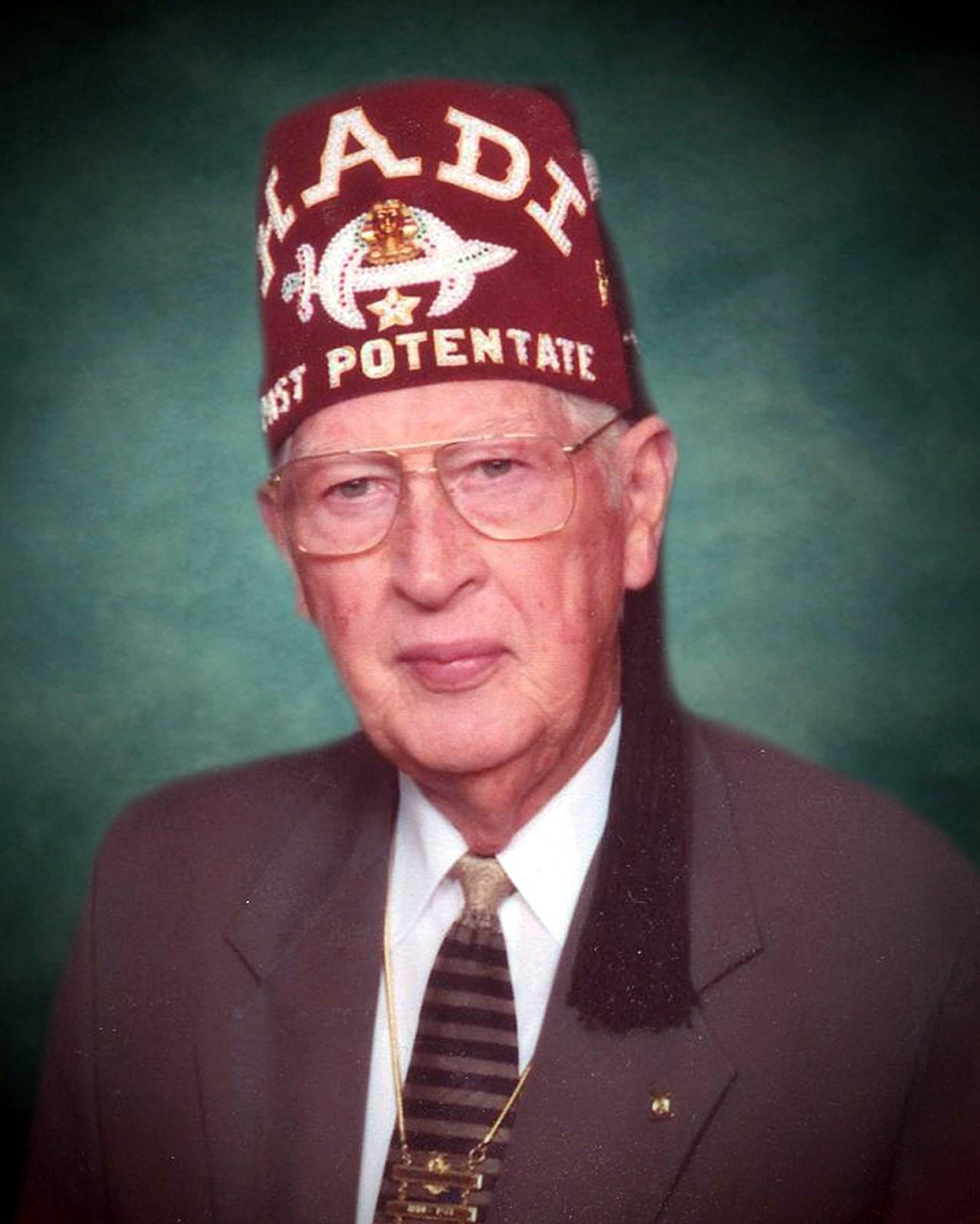 Robert W.  Bogan