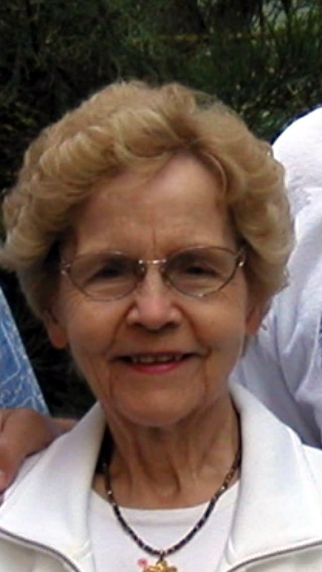 Eva Marie   Robson Roeser
