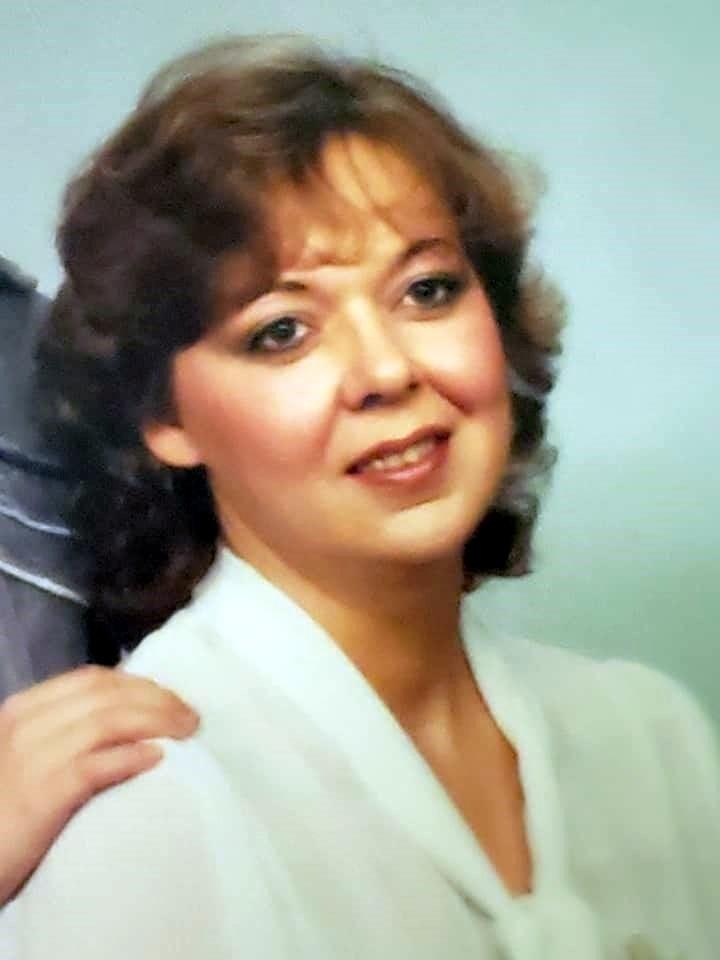 Christine Lenette  Simms
