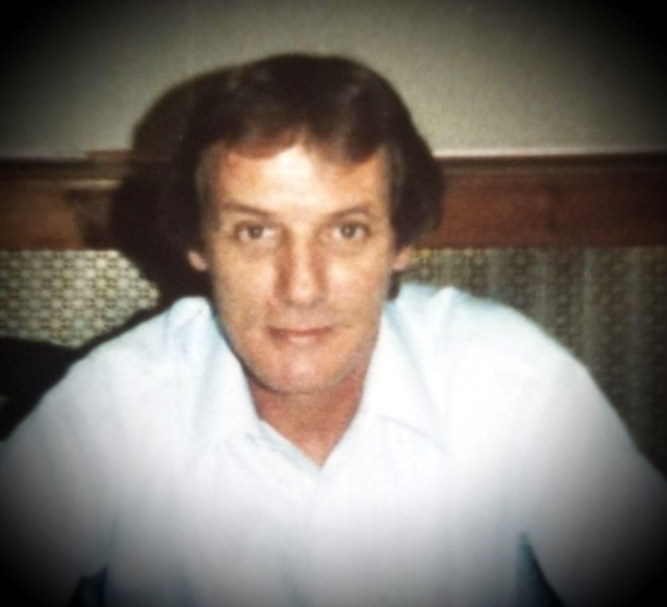 Robert L.  Kundert