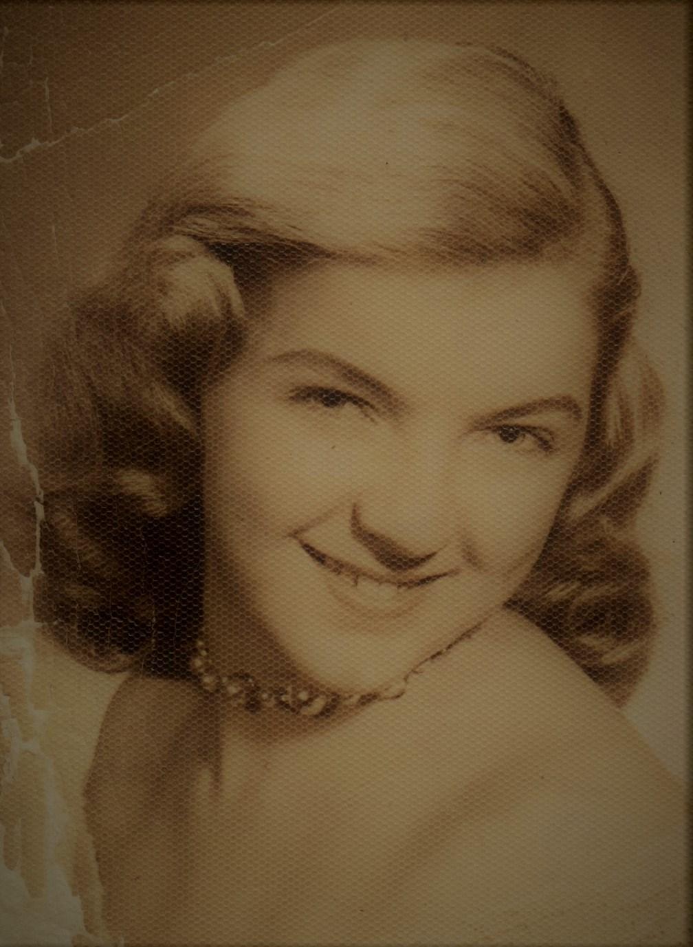 Mary Helen  Robinson