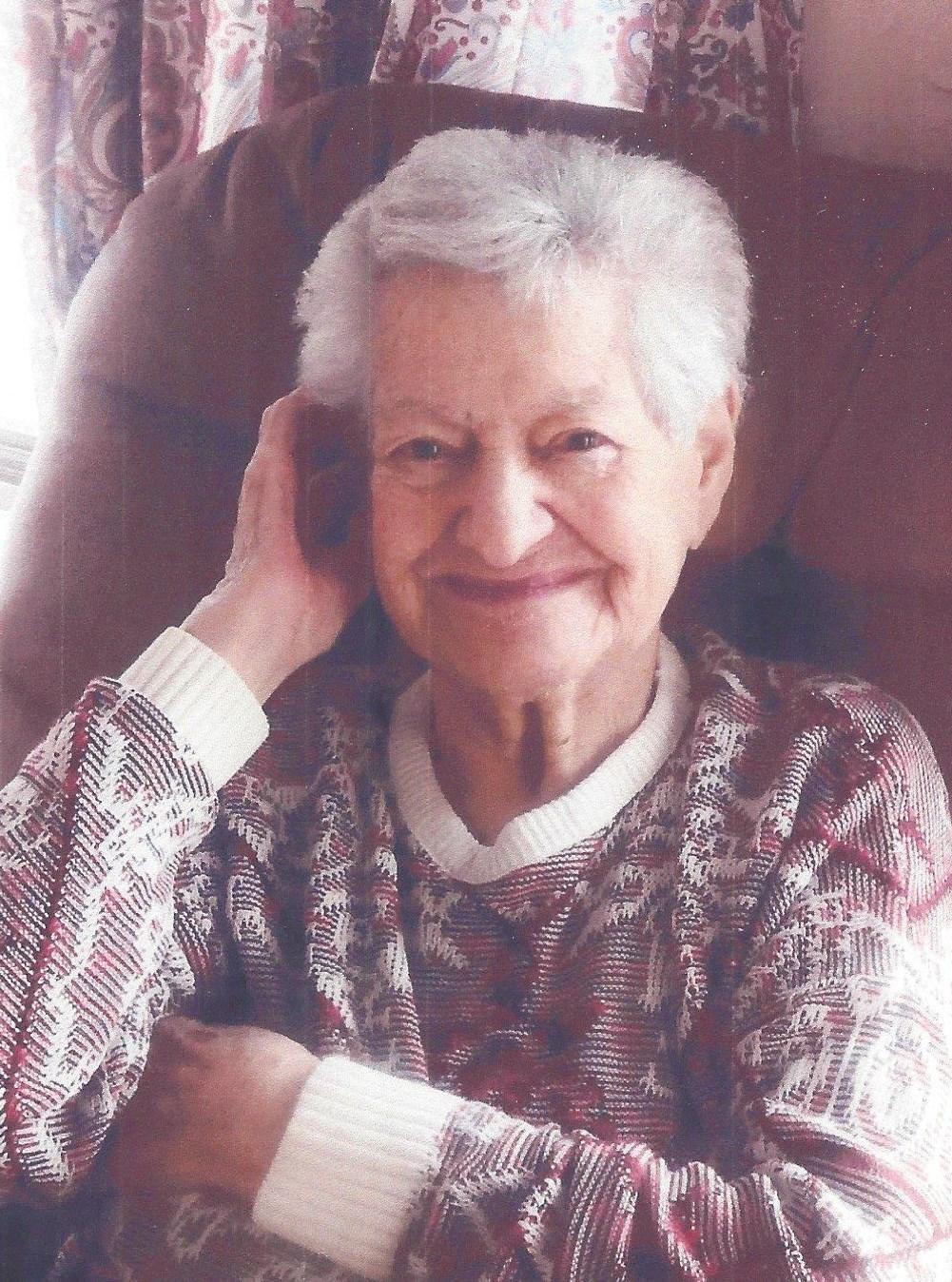 Agnes  Groten