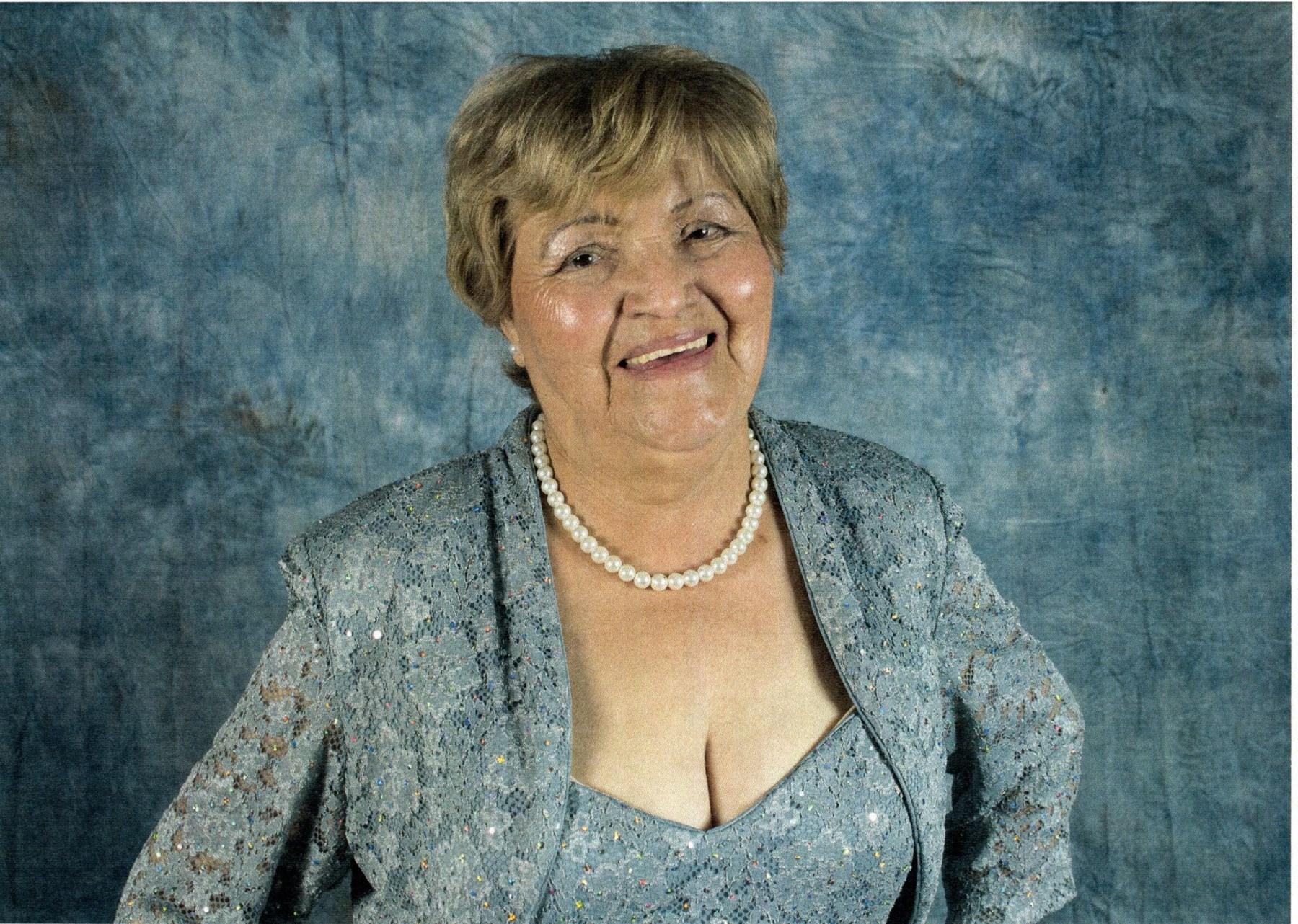 Esther  Cuevas