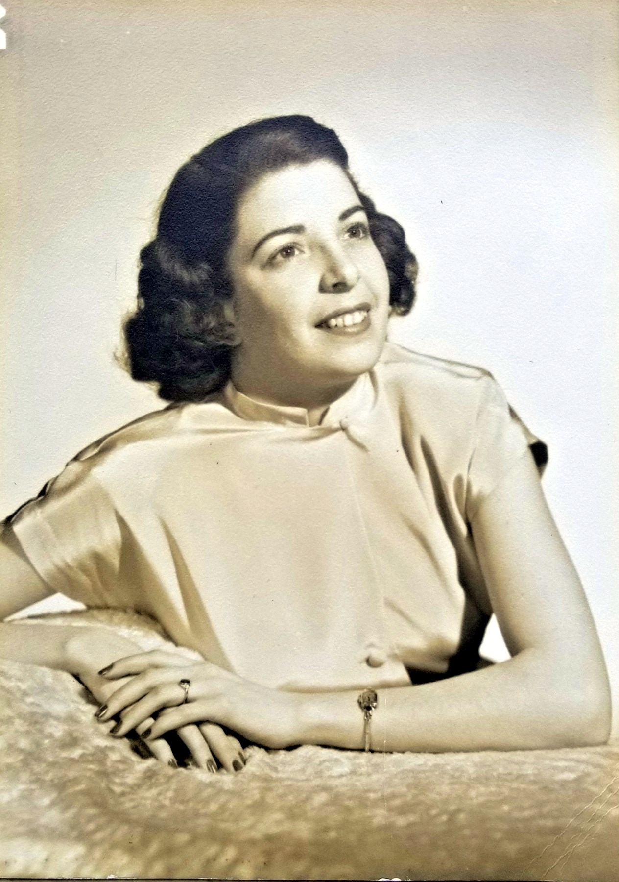 Angela Marie  Szabo