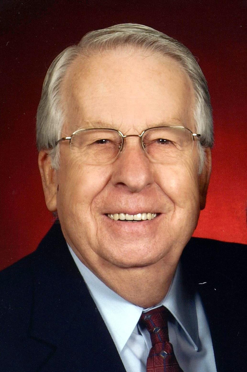 """Robert """"Bob"""" H.  McKay"""