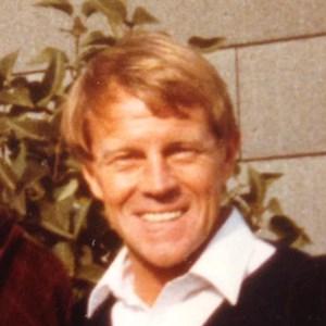Roger Gordon  Lowney